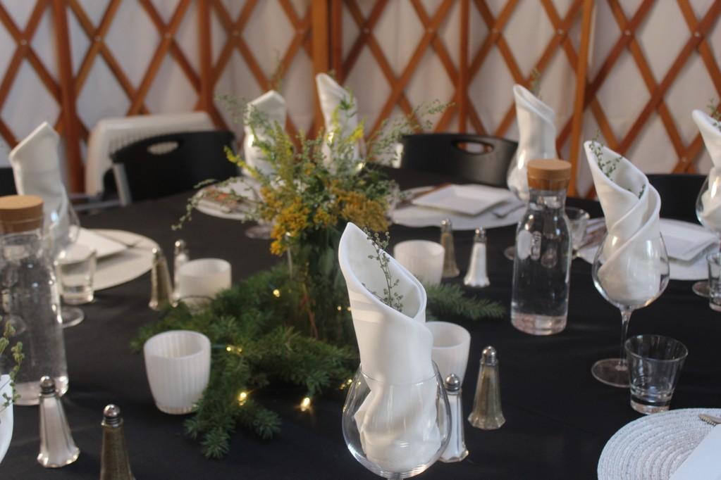 yurt dining